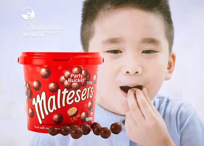 hop-keo-socola-maltesers-party-bucket-520-g-cua-my-3