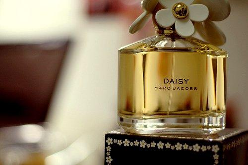 Top 5 mùi nước hoa nữ quyến rũ nhất thế giới-5